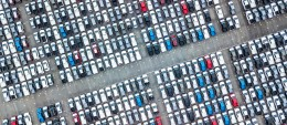 La production automobile mondiale reste à des niveaux historiquement élevés
