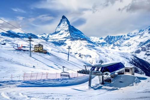 Stations de ski: la saison blanche se profile