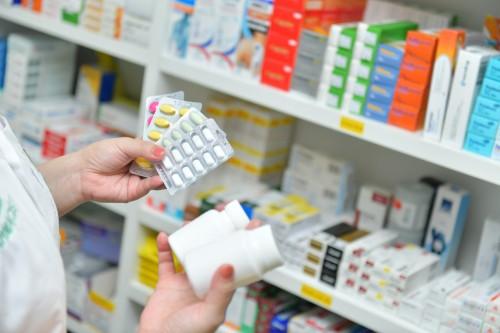 La pharmacie d'officine résiste à la crise