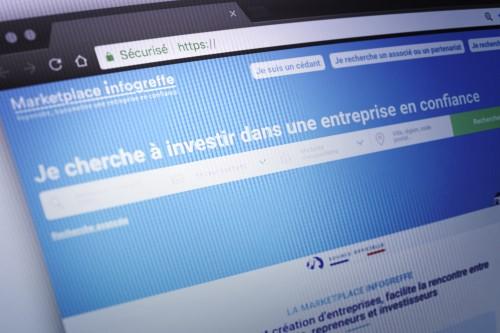 Reprendre une entreprise via la marketplace Infogreffe