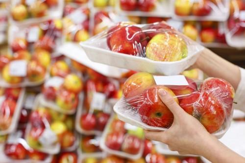 Vente de fruits et légumes frais: les emballages en plastique bientôt interdits!
